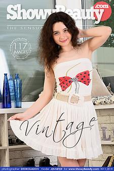 Showy Beauty - Jennifer - Vintage