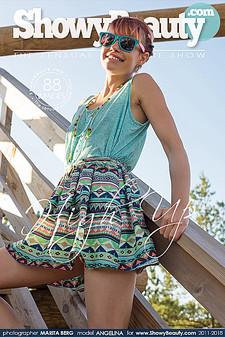 ShowyBeauty - Angelina (Shannan) - High Up