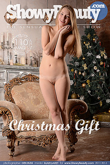 Showy Beauty - Margaret - Christmas Gift