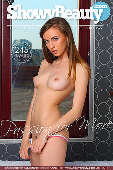 ShowyBeauty - Annet - Passion For More