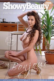 ShowyBeauty - Marjana - Bonjour